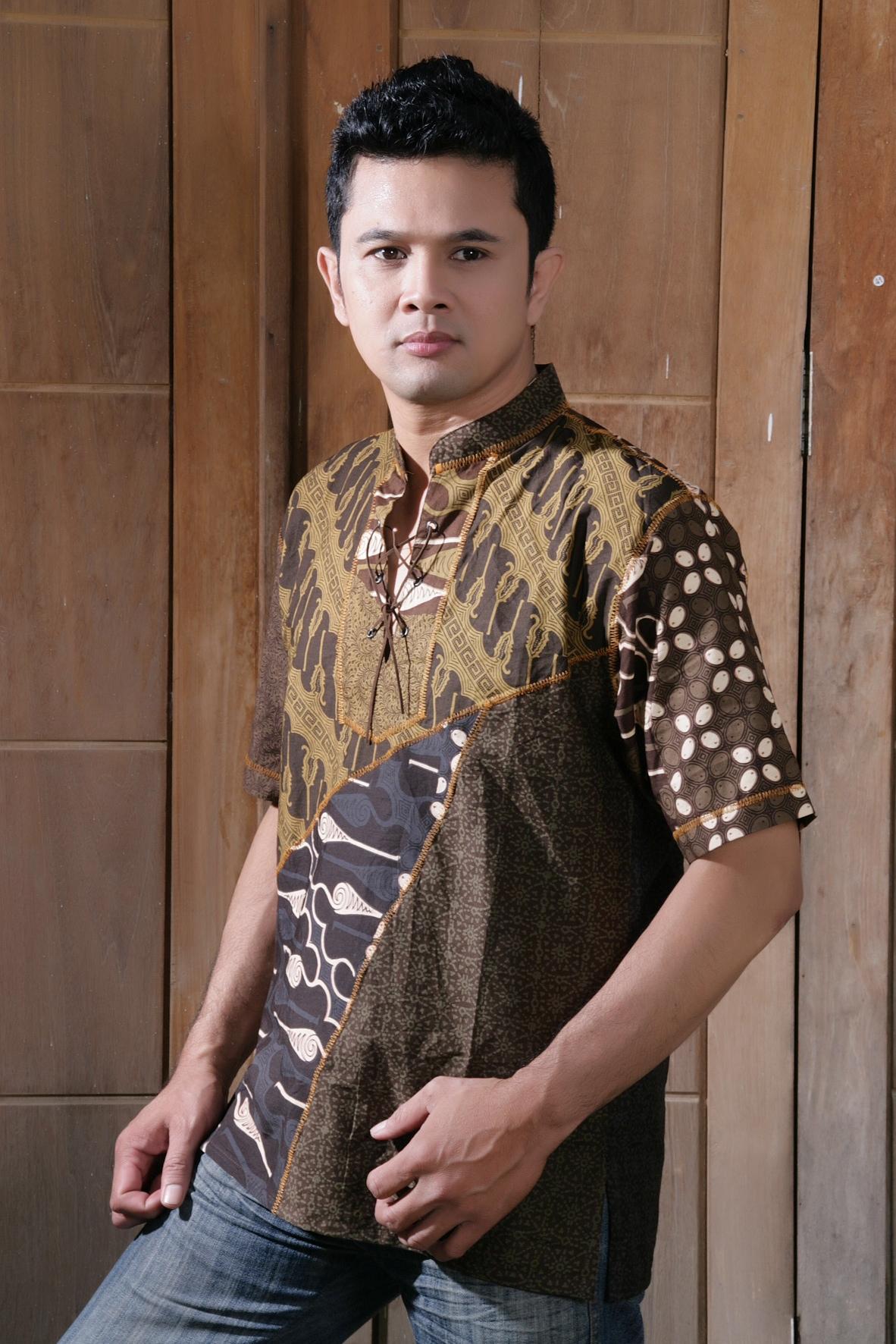 kemeja batik, baju batik pria, batik pekalongan, batik eksklusif, baju batik